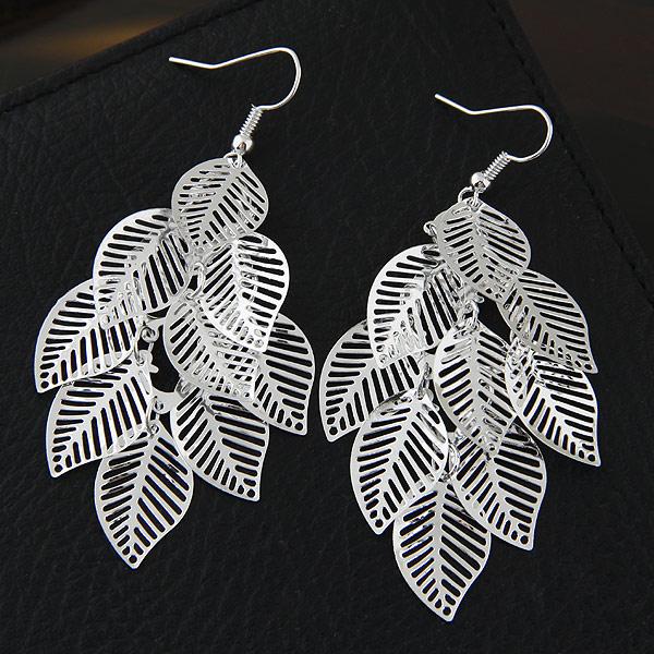 洁镂空树叶气质耳环